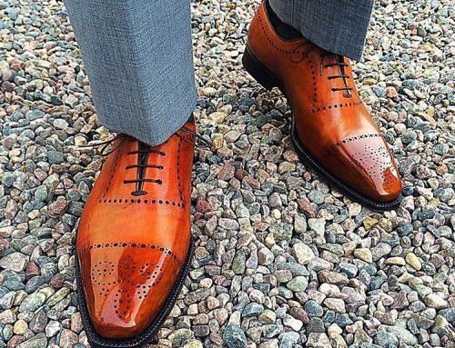 کفش قهوه ای و شلوار طوسی پسرانه