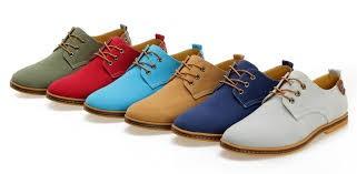 کفش مردانه با رنگ و مدل مختلف