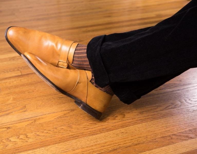 ست کفش مونک استرپ با جوراب راه دار زرد ذغالی و نارنجی