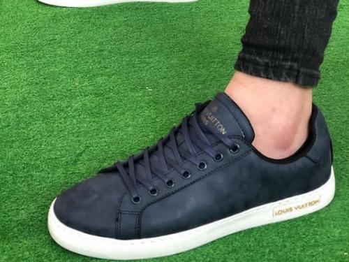 کفش اسپرت مردانه طرح لوییزویتانا